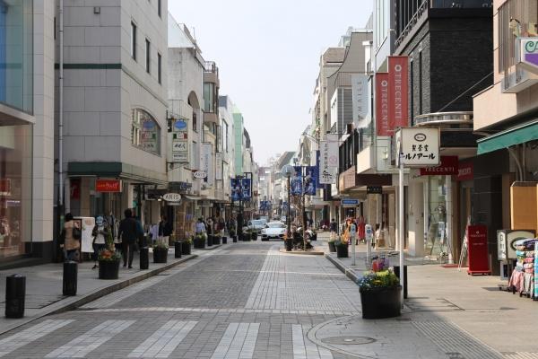 横浜 元町 フードフェア アゴラルルディ 美容院 オーガニック チャーミングセール